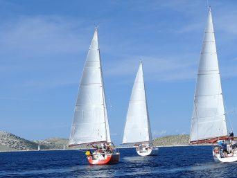 sailboat-2143219_1920