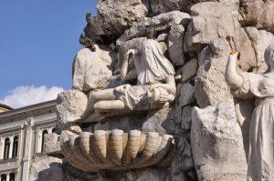 fontana dei quattro continenti piazza unità d'italia trieste